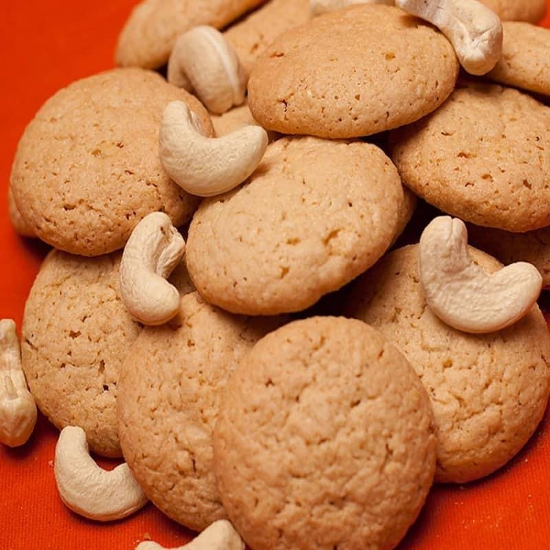 Cashew Macaroons